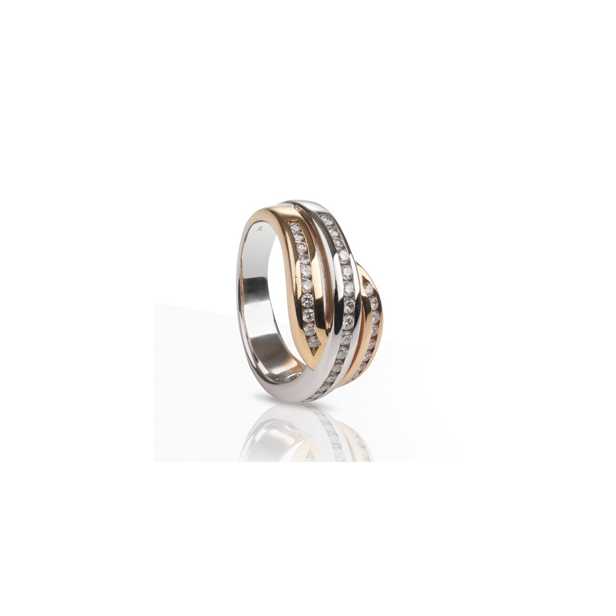 3 COLORS GOLD RING WITH DIAMONDS