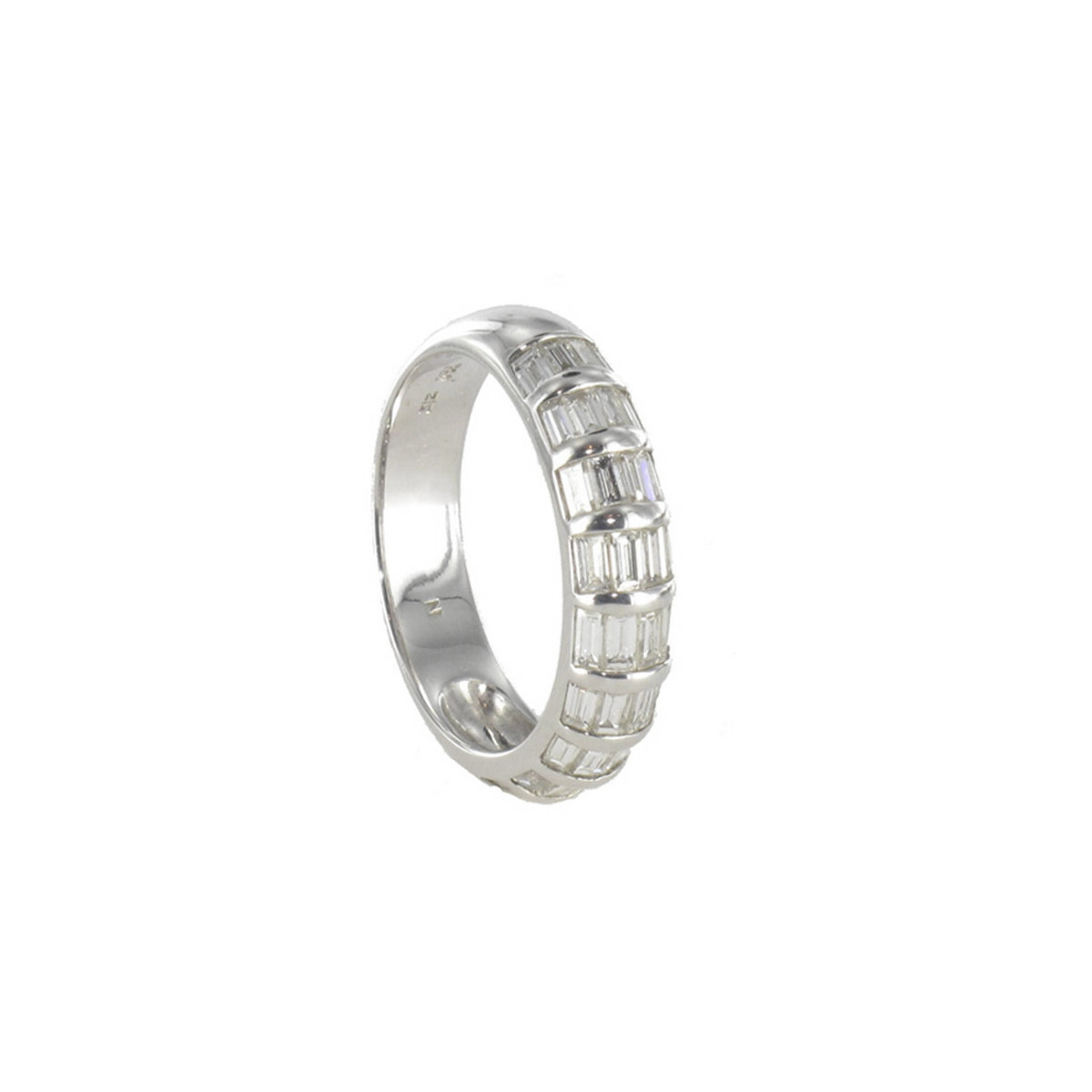 ANELL OR BLANC DIAMANTS TALLA BAGUETTE