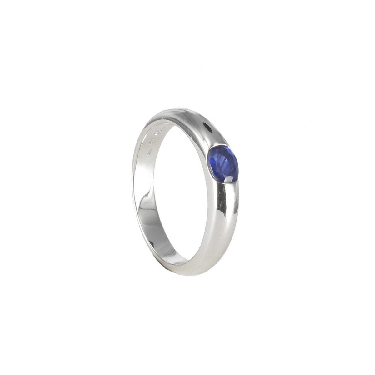 GOLD RING WITH AIR SAPPHIRE