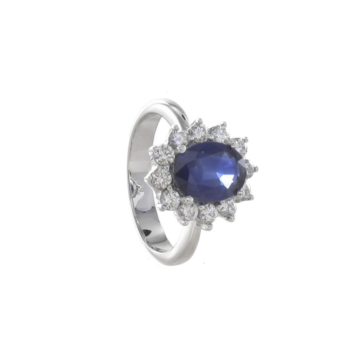 GOLD SAPPHIRE AND12 DIAMONDS RING
