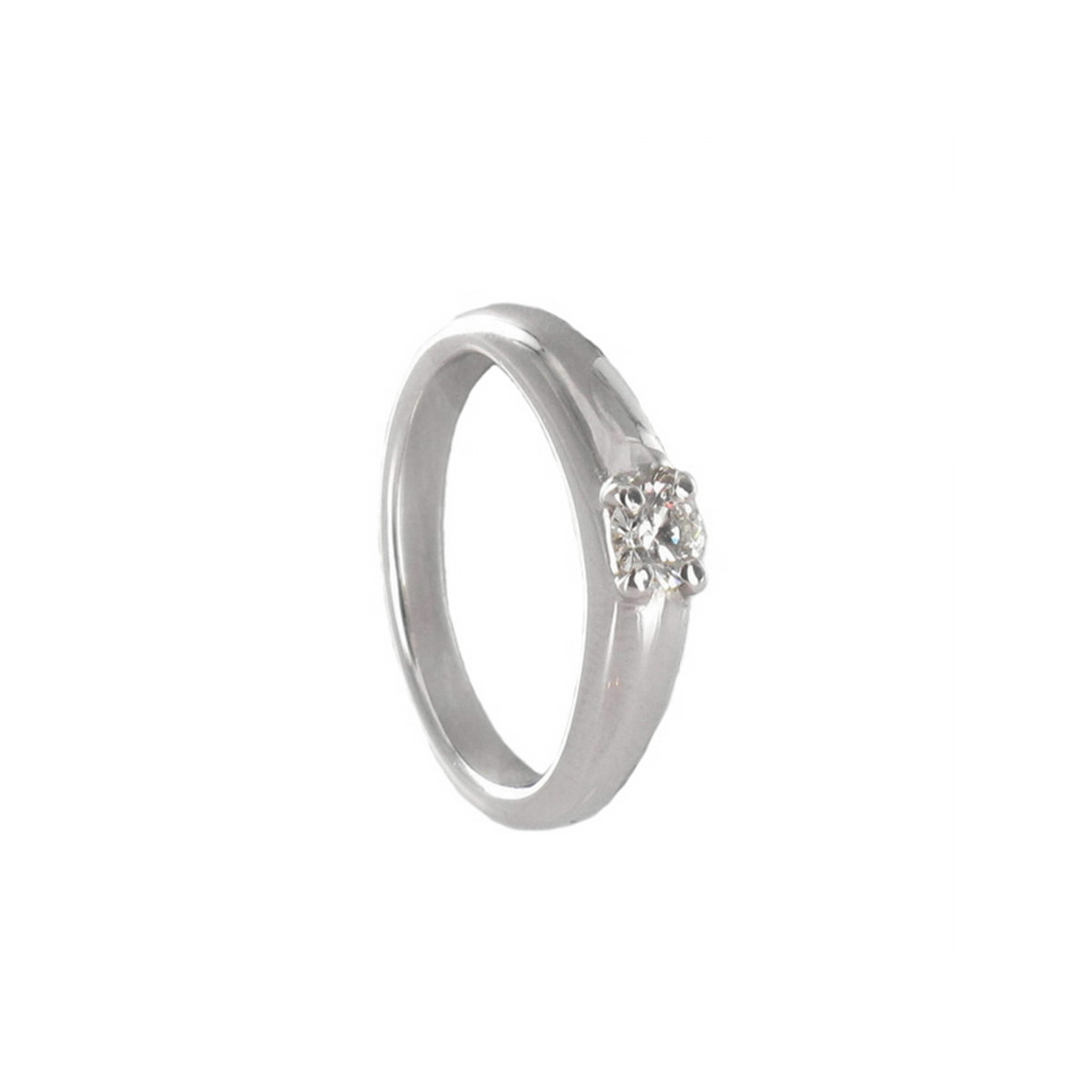 TOP WESSELTON DIAMOND RING