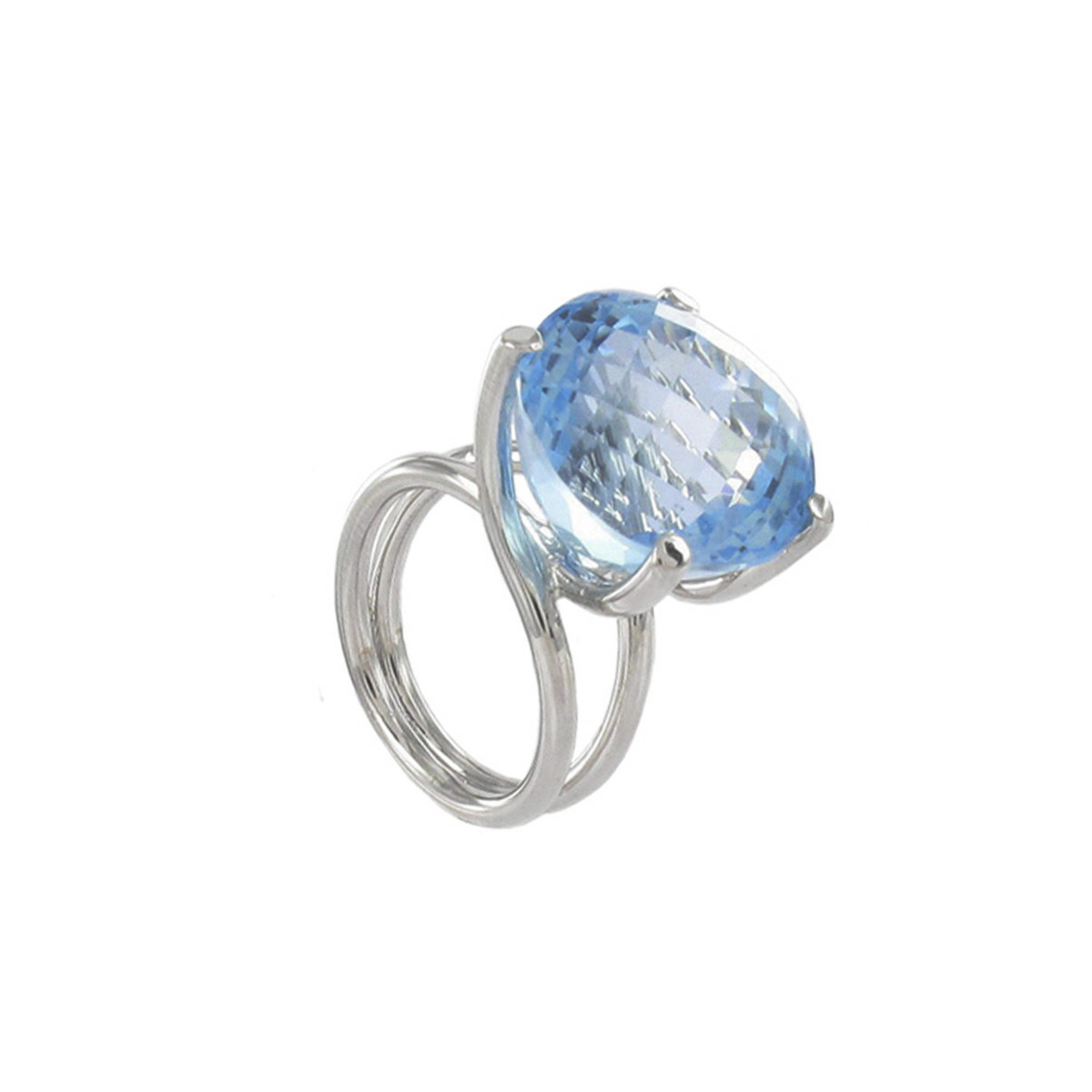 GOLD RING WITH GREAT BLUE TOPAZ