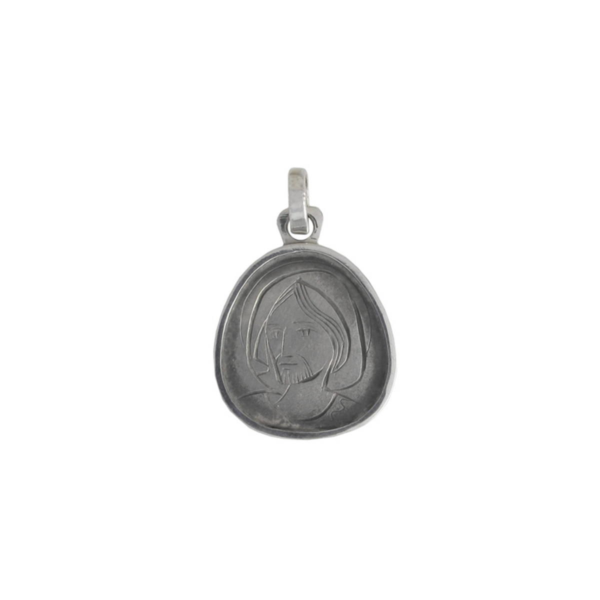 SILVER SCAPULAR WITH BEVEL