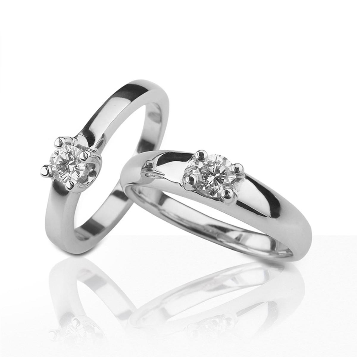 WHITE GOLD DIAMOND RING 0,20 KILATES
